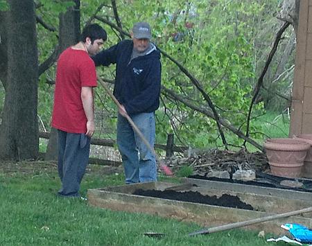 Gardening20140505_450